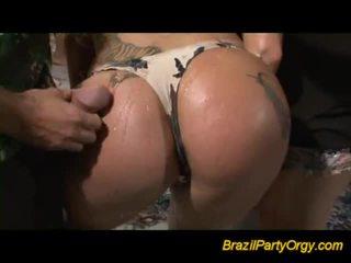 Horny Babe Has Dirty Honey Pot Eaten