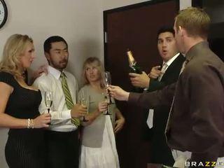 Inglese milf tanya tate having sesso in il ufficio video