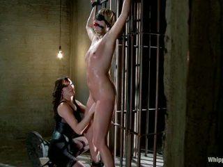 Maitresse madeline 处罚 和 性交 和 hazed 在 如 导演 的 whipped 屁股 由 公主 donna