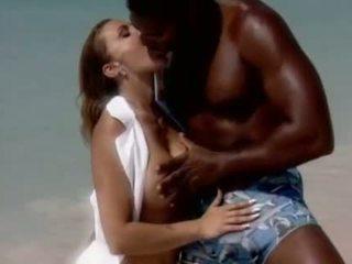 Romantic jāšanās par the beache