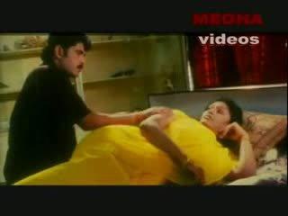 Indieši mallu aktrise enjoying ar viņai boyfriend