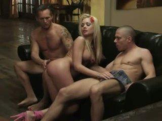 mutisks sekss, grupu sekss, big boobs