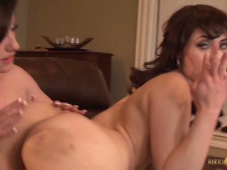 Jennifer वाइट eats पुसी की बेब audrey noir: फ्री पॉर्न 3c