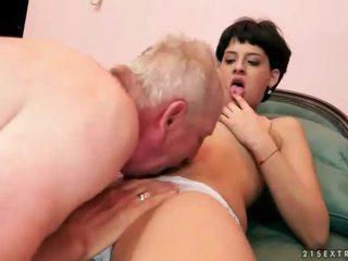 si rambut cokelat, hardcore sex, oral seks