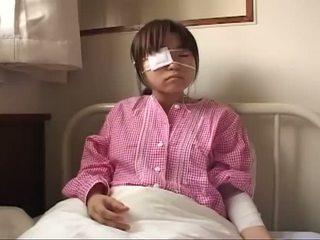 Noor jaapani lits koos ruptured tiss ja anaal injury