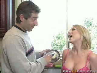 Brazzers - Hot Blond with Big Boobs gets drille.