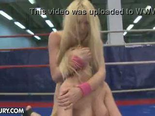 Nudefightclub هدايا antonya vs sophie moone