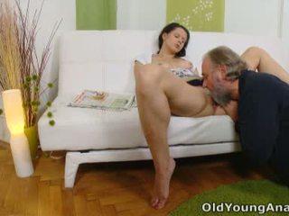 Anaal seks craving teismeline begs vanem mees kuni võtma tema tagasi passage