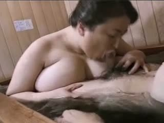Asyano maturidad bbw mariko pt2 bath (no censorship)