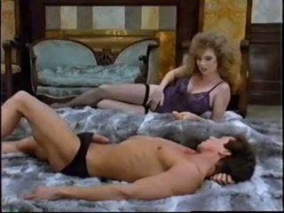 kwaliteit brunette seks, controleren orale seks, vol speelgoed neuken