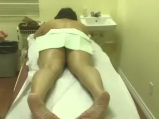 Mallu Aunty with Young Masseur Josegeorge9995 at Gmail