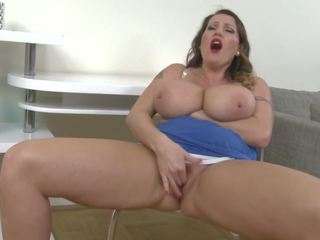 Big Natural Breast Mother with Thirsty Vagina: Free Porn 16