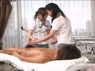 Dandy-057-2-japanese-girls-handjob-at-massage-parl