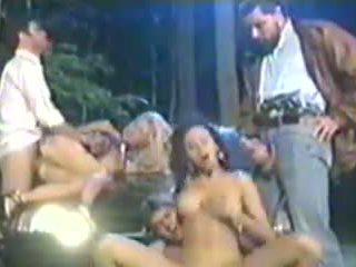 Olivia del rio grupal เพศ
