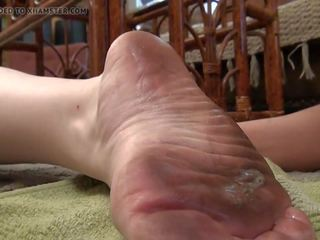 Dirty mature wrinkled feet slave - Mature Porn Tube - New Dirty ...
