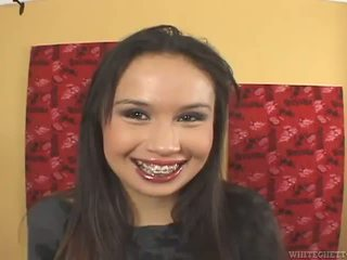Sasha Yung Has Porno And Has A Spermpie In Her Lanate Twat