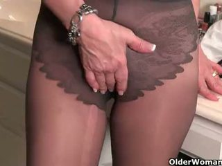 free cougar scene, more gilf posted, tights porno