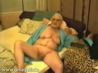 Wide open pussy fucked