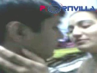Hyderabad Couple Sex In Cloth Showroom
