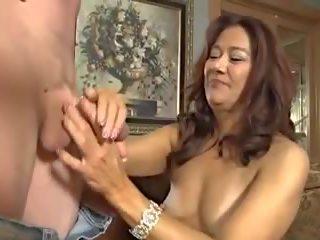Matura Asiatica porno