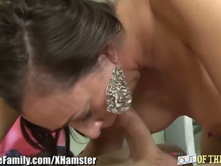 Slutty Mother in Law gets an Asshole Pounding: Free Porn 60