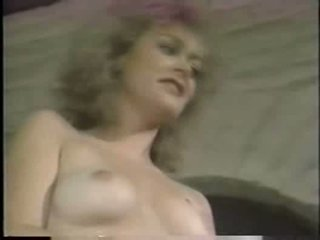 Tish Ambrose  nackt