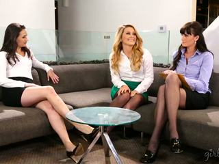 most lesbians, real babes check, fresh threesomes