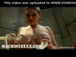 groot film, controleren tieten scène, plezier brunette video-