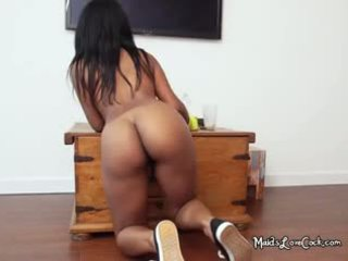 Ebony Maid Arianna Blowing Her Boss With Gloves