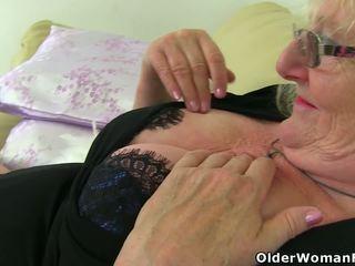 brits klem, zien grannies thumbnail, matures video-