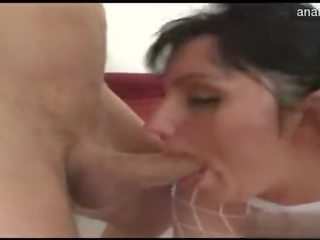 Amateur allure creampie eating