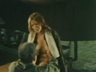 Gator 571: Vintage HD Porn Video 2d