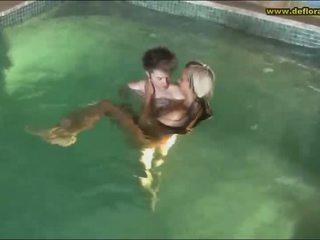 onschuldige amateur teen actie, een naakt teen meisjes film, echt petite teen pussy video-