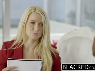 Blacked entreprise blonde anikka albrite cul baisée par une bbc