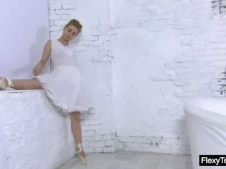 ideaal gymnast, meer solo girl video-, vol broodmager