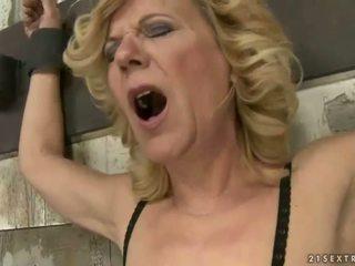 full old sex, fun lezzy movie, lezzies scene