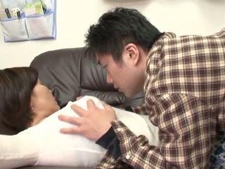 Opilý japonská matka gets zneužívání podle ji chlapec