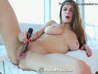 Pornpros - guy puts 그의 형사 사이에 거유 dillion carters 완전한 가슴