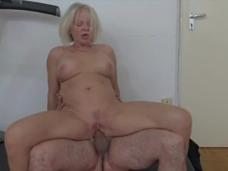 Ultra Hot Granny is Seducing Her Lustful Stepson: Porn 9d