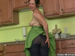 Mom's 秘密 masturbation 技術