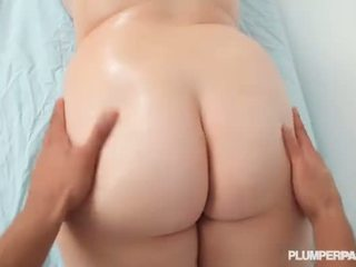 Teen BBW Harley Ann Gets Massage from Big Black Cock