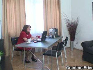 Babka a boys násťročné trojka v the kancelária
