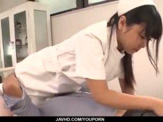 Perfektné ázijské trojka s curvy zadok sestrička yu shinohara