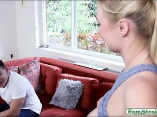 Великий природний цицьки підліток трахкав і кінчання на обличчя - порно відео 391