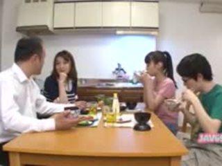 ιαπωνικά, πίπα, γλείψιμο