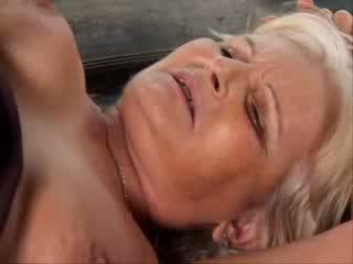 Granny Anaal porno