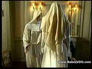 Nuns joder con priest y puño