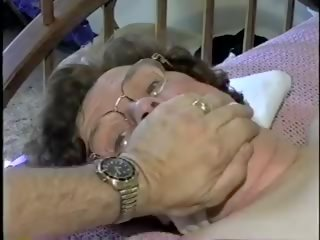 Videos nude granny Granny: 32032