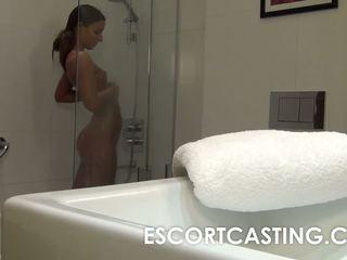 een brunette thumbnail, een orale seks porno, tieners film
