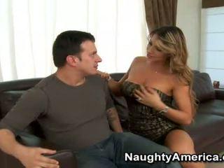 Gorda joystick penetrates porno estrella esperanza gomez
